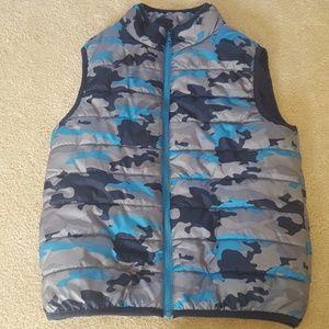 Gymboree boys puffer vest size 10/12